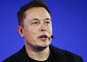ایلان ماسک دستور حذف صفحات فیسبوک Tesla و SpaceX را داد