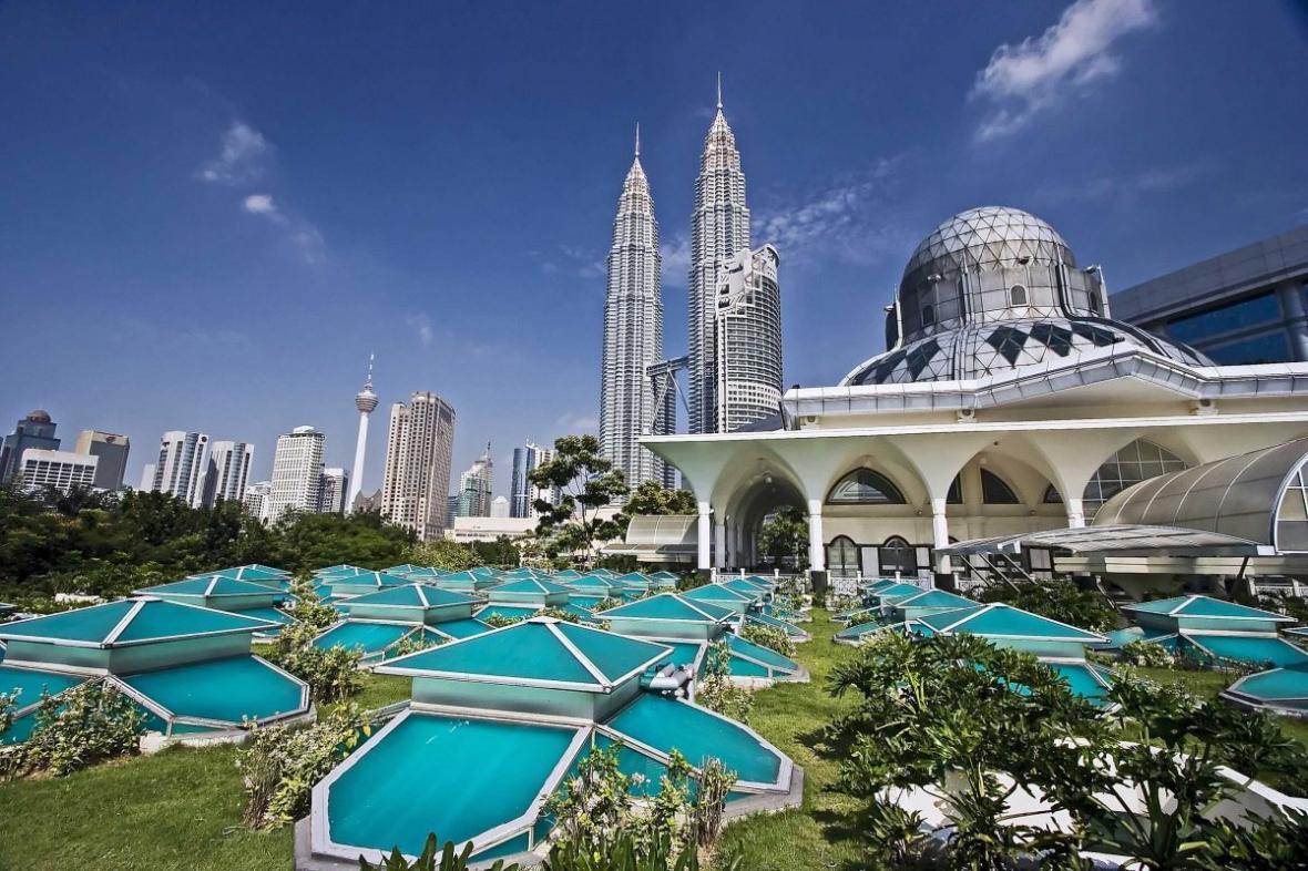 برنامه سفر 14 روزه به مالزی