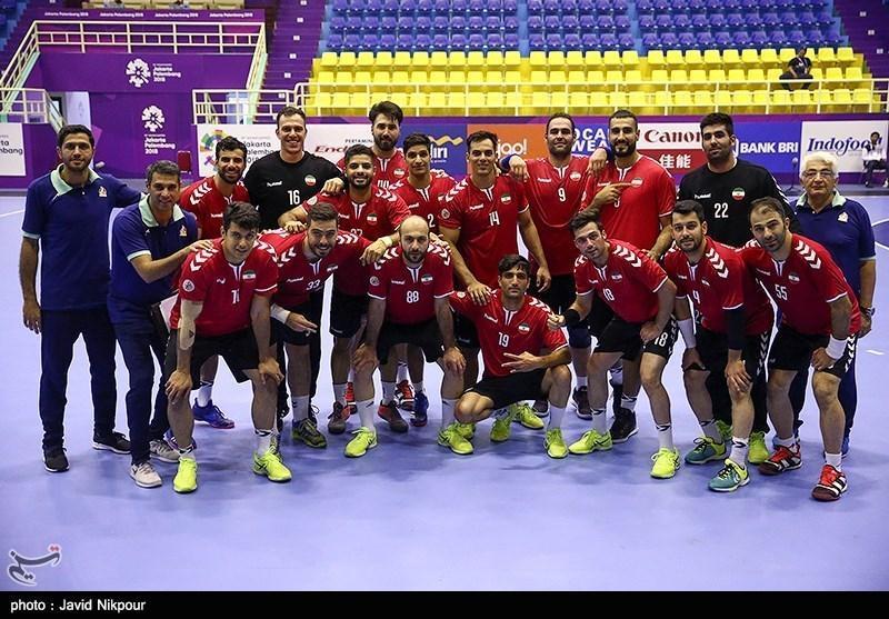 بازی های آسیایی 2018، جدال تیم هندبال چند ملیتی قطر و ایران برای صدرنشینی در گروه نخست