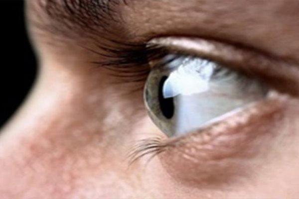 تشخیص نشانه های اولیه بیماری پارکینسون از طریق چشم ها