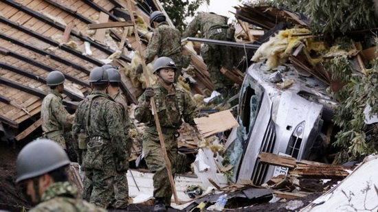 ادامه عملیات جستجوی حادثه دیدگان زمین لرزه ژاپن