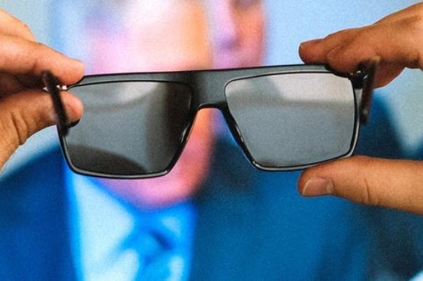 عینک های واقعیت افزوده سبک می شوند
