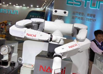 رباتهایی با عملکرد متفاوت در نمایشگاه چین