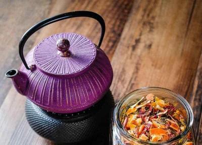 طرز تهیه چای و دمنوش طبیعی با انواع میوه در خانه
