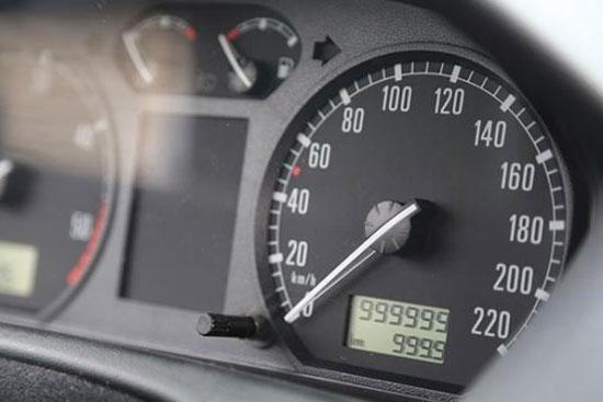 راه جالب و آسان تشخیص کیلومتر واقعی کارکرد خودرو