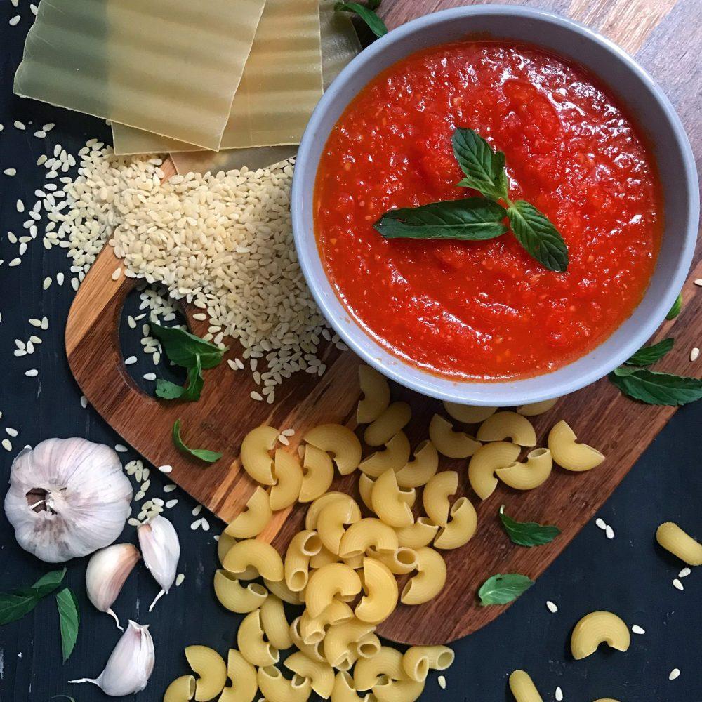 طرز تهیه سس گوجه فرنگی سریع مخصوص پاستا و لازانیا
