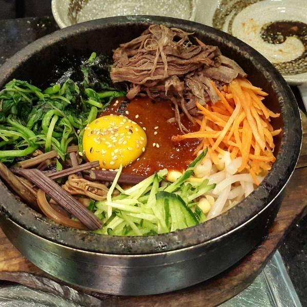 طرز تهیه بی بیمباپ غذای معروف کره ای