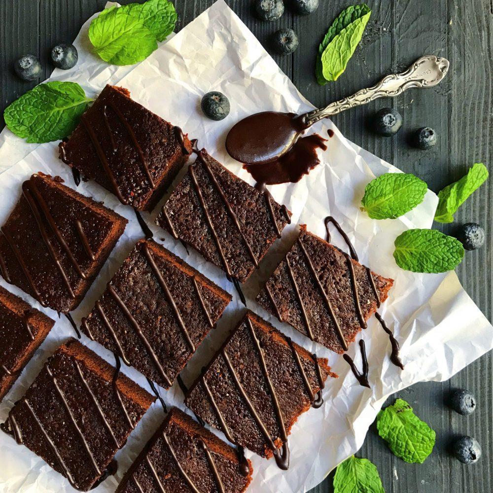 طرز تهیه براونی شکلاتی مرحله به مرحله