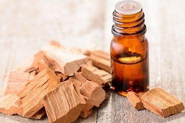 درمان طاسی سر با روغن چوب صندل