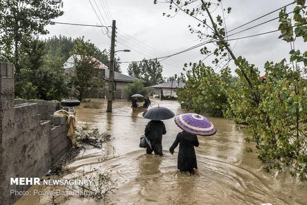 مشکل قطعی برق در روستاهای سیل زده مازندران رفع شد