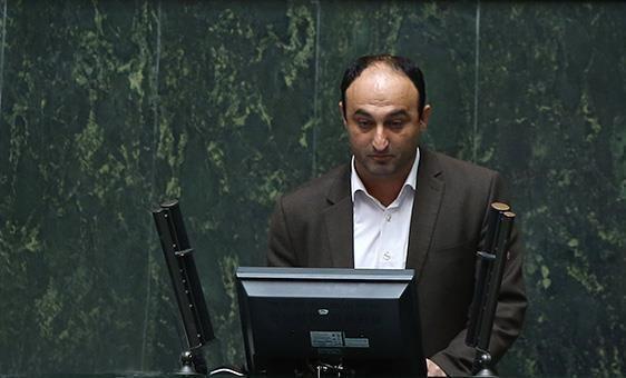 بابایی صالح در موافقت وزیر پیشنهادی کار : شریعتمداری توانایی ایجاد رفاه و نشاط اجتماعی را دارد