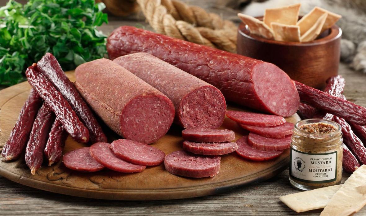 ساده ترین طرز تهیه سوسیس خانگی با گوشت و مرغ