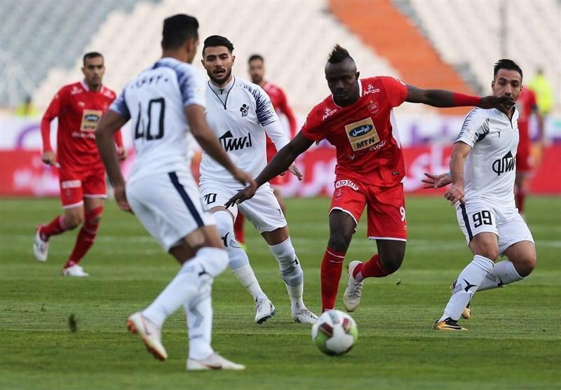 لیگ برتر فوتبال، پیروزی یک نیمه ای پیکان مقابل پرسپولیس