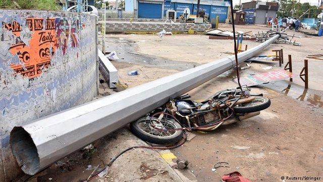 طوفان در جنوب هند جان ده ها نفر را گرفت ، ویدئو