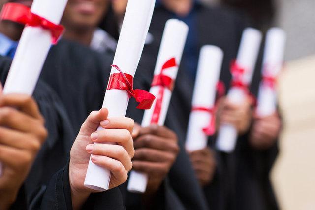 فرهنگ مدرک گرایی ناشی از رشد نامتوازن دانشگاه های نظری است