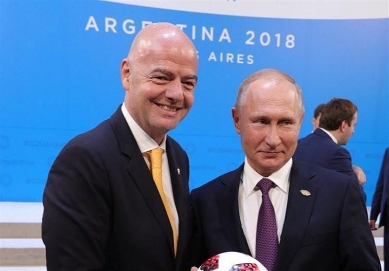 حضور اینفانتینو در اجلاس گروه 20 با اهدای توپ های جام جهانی 2018 روسیه