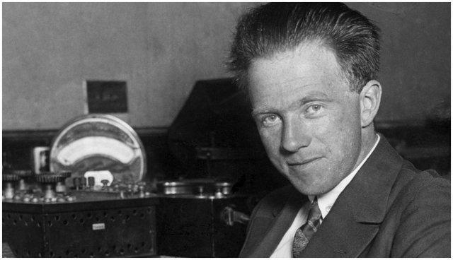 امروز 14 آذر؛ زادروز بنیانگذار فیزیک کوانتومی