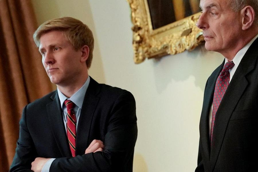 رئیس دفتر مایک پنس از کاخ سفید خواهد رفت