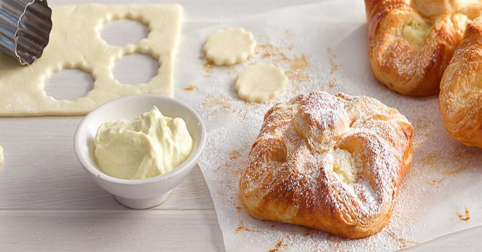 طرز تهیه شیرینی دانمارکی یا گل محمدی