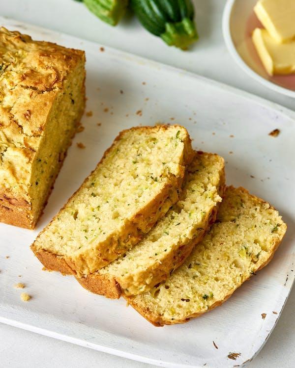 طرز تهیه نان کدو سبز