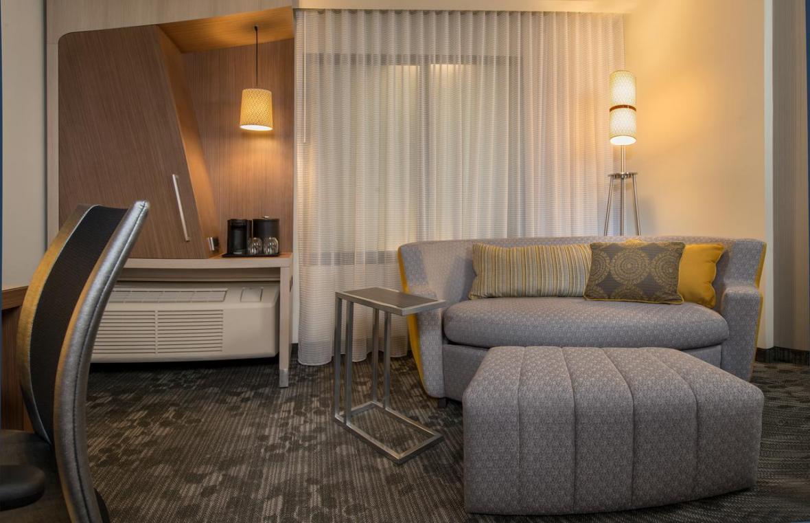 معرفی هتل 3 ستاره کورتیارد مریوت ایرپورت ساسکاتون کانادا