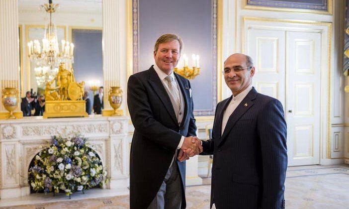 طی مراسمی در کاخ نوردینده صورت گرفت؛ تقدیم استوارنامه سفیر جدید کشورمان در هلند به پادشاه این کشور