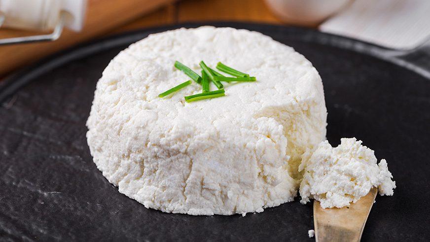 پنیر چیست و چطور تهیه می گردد؟