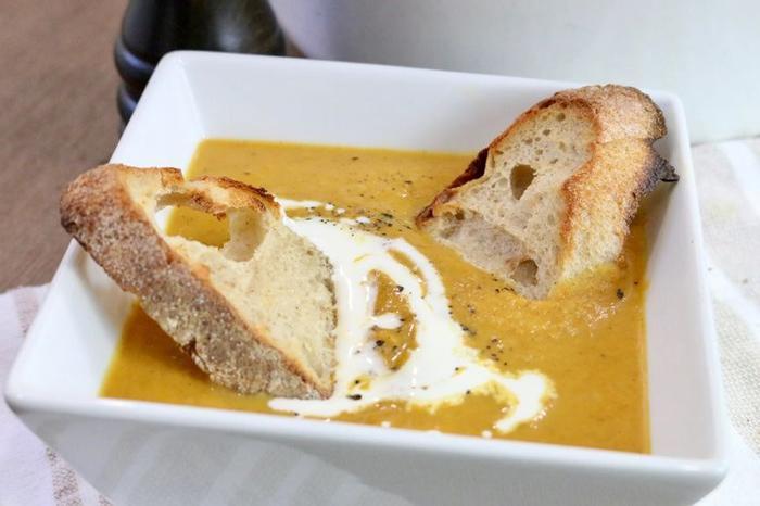 طرز تهیه سوپ خوش طعم پاییزی کدو حلوایی