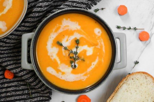 طرز تهیه سوپ پاکسازی کننده هویج و زنجبیل