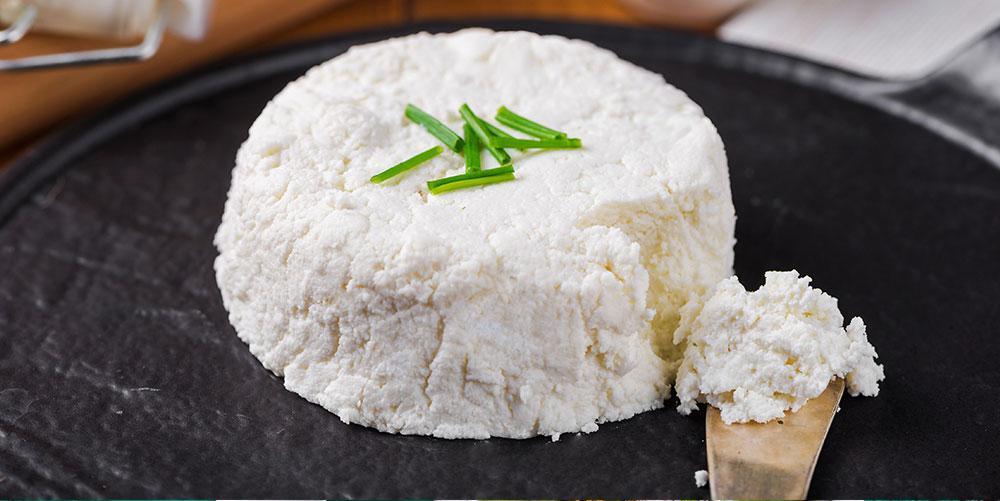 طرز تهیه پنیر خانگی حرفه ای و خوشمزه به دو روش