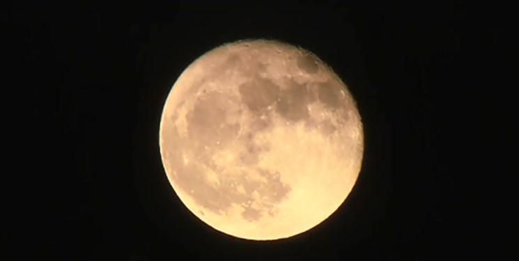 ماه از خورشید درخشان تر است
