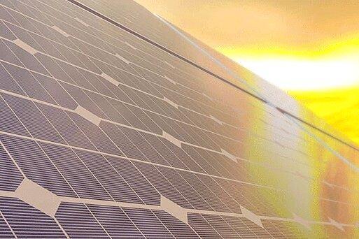 تسلا صفحات خورشیدی خود را کرایه می دهد