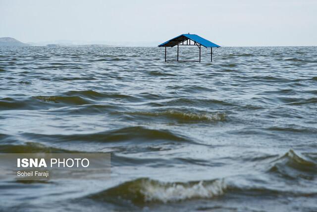 حال خوب دریاچه ارومیه با بارندگی های سیل آسای امسال، احتمال عبور از شرایط بحرانی