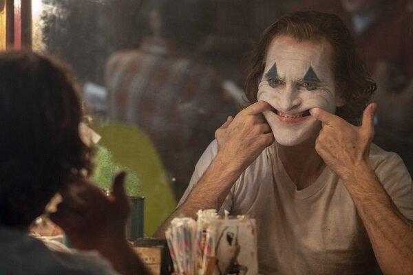 جوکر ددپول را پشت سرگذاشت ، فیلم مرد دیوانه گاتهام سیتی پرفروش ترین فیلم بزرگسال شد