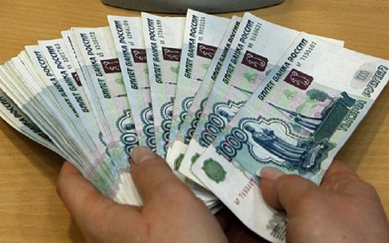 چراغ سبز بانک مرکزی به تجار نیازمند روبل