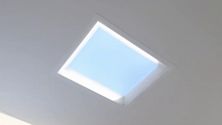 میتسوبیشی چراغ های LED ساخته که نور خورشید را برای کاهش افسردگی در دفترهای کار شبیه سازی می نماید