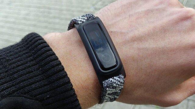 ساعت هوشمندی که با عرق بدن کار می کند