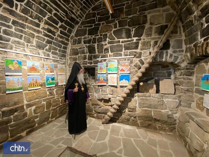 برپایی نمایشگاه نقاشی در قره کلیسای چالدران
