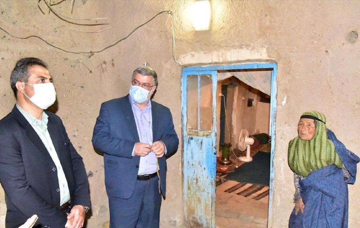 خبرنگاران بررسی شرایط 2 روستا در سفر استاندار خراسان جنوبی به سربیشه