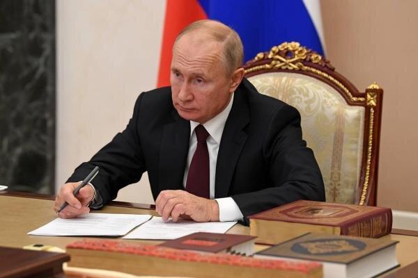پوتین قانون خروج روسیه از معاهده آسمان های باز را امضا کرد