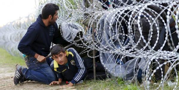 آنکارا: یونان، مهاجران را برهنه به ترکیه فرستاد
