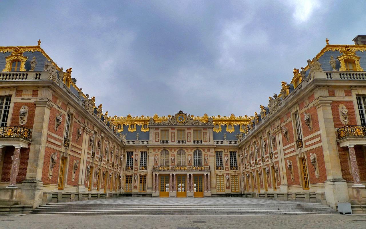 با کاخ ورسای در شهر پاریس آشنا شوید