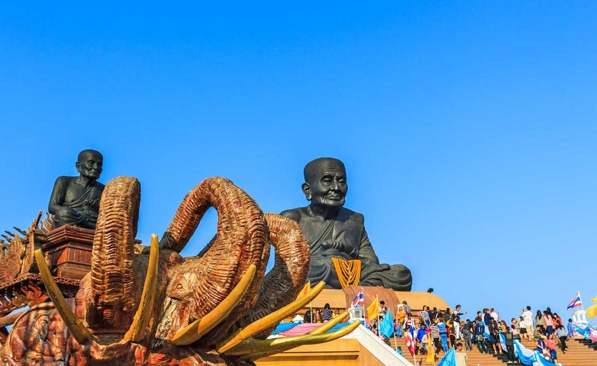 معبد هوآی مونکل در بانکوک